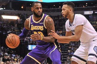 Lakers use long ball to crush Grizzlies by 23