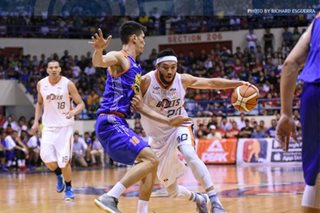 Dillinger, Meralco 'getting sick' of paltry PBA PH Cup performances