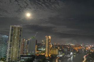 'Super moon' camera shootout: Mate 10 Pro, Pixel 2, iPhone X