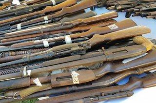 Higit 1,500 armas, isinuko sa Pangasinan