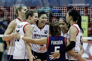 Superliga: Stalzer unloads 30 points in Petron's victory