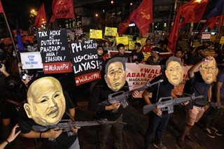 Gang of four: #WalkoutPH masks