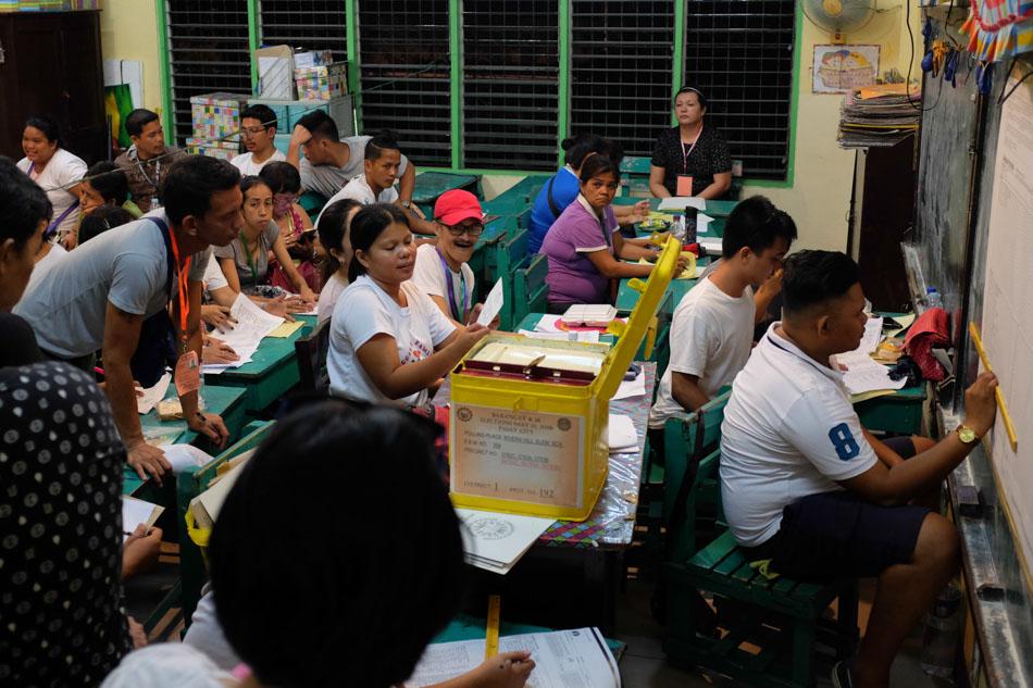 SLIDESHOW: The 2018 barangay, Sangguniang Kabataan elections 27