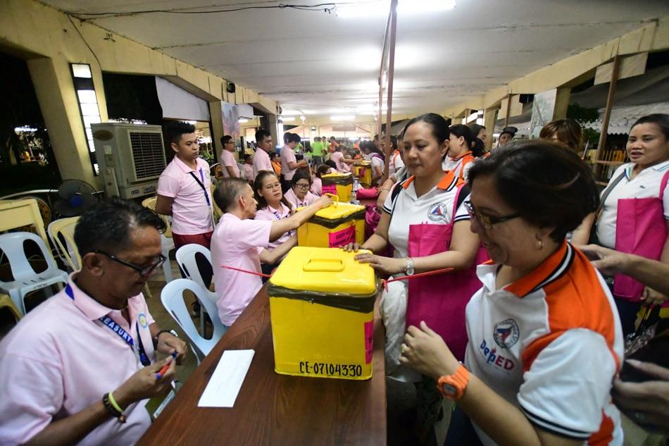 SLIDESHOW: The 2018 barangay, Sangguniang Kabataan elections 30