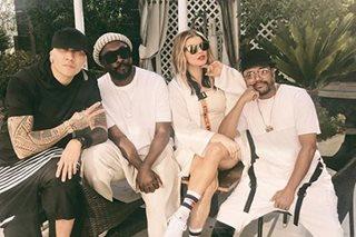 LOOK: Fergie reunites with 'fam' Black Eyed Peas