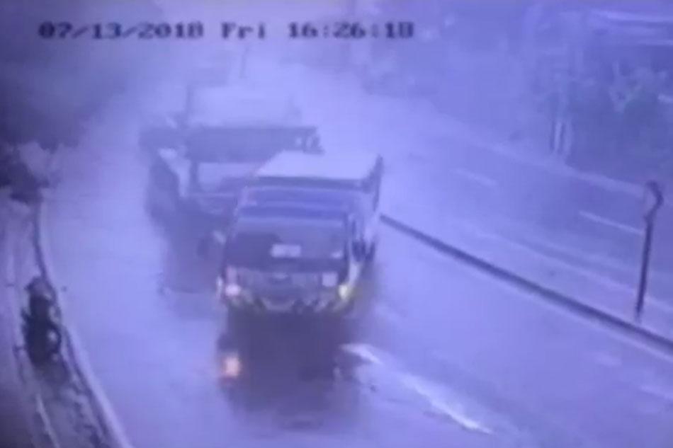 24-wheeler truck sumemplang sa bahay, tindahan sa QC