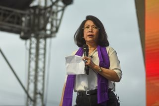 Sereno urges Filipinos to reject 'dictatorial' charter change