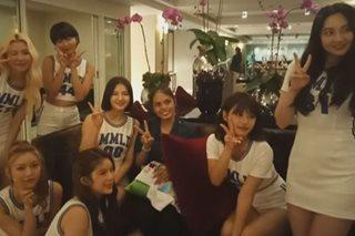 K-pop group na Momoland, sinorpresa ang isang fan