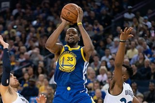 NBA: Warriors blitz T-wolves in 4th for easy win