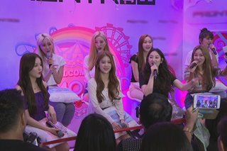 K-pop girl group Momoland, humataw para sa fans sa PH