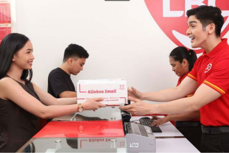 Cash on pick-up notches up convenience of online selling and buying
