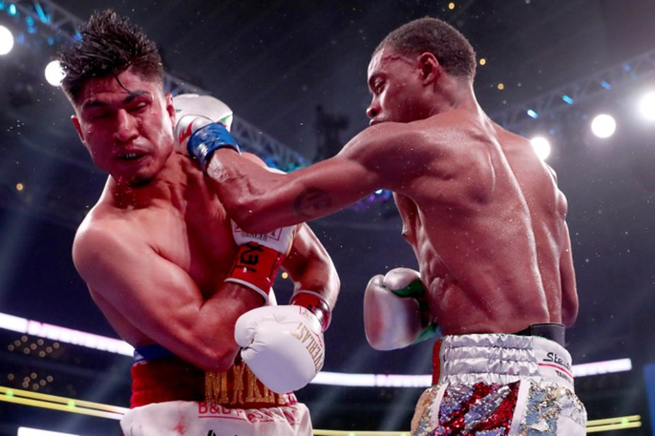 Errol Spence Jr overwhelms Mikey Garcia in pound-for-pound showdown