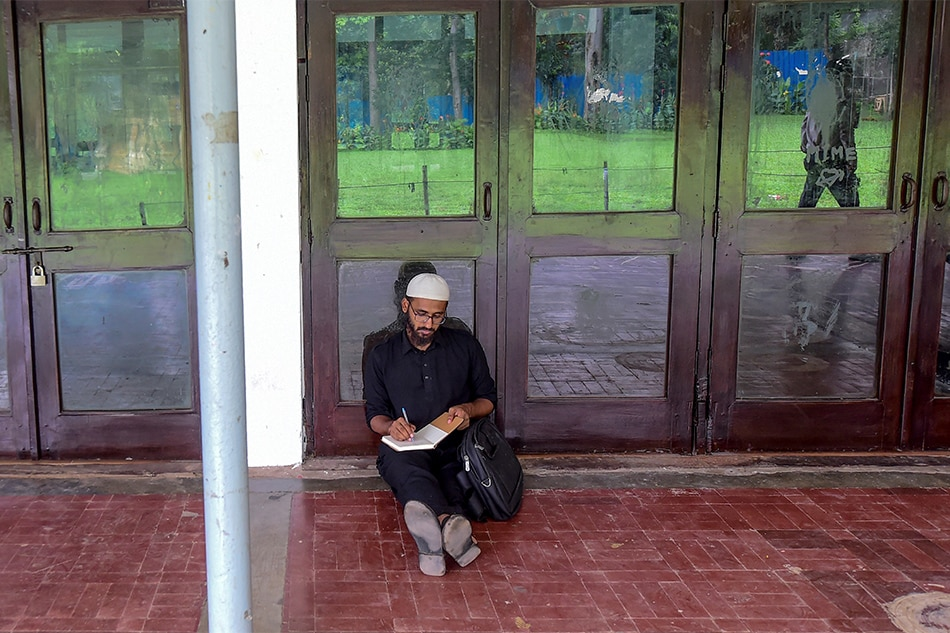 Bangladeshis reveal 'rampant' rapes in Islamic schools 1