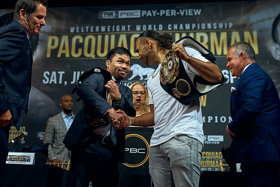 Manny Pacquiao claims WBA welterweight crown over Keith Thurman