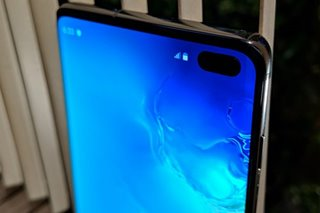 Samsung seeks to reignite smartphone lust with Galaxy S10
