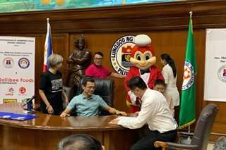 Jollibee to hire elderly, persons with disabilities in Manila stores