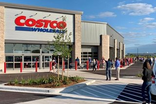 Costco cuts short China debut after shoppers swamp store