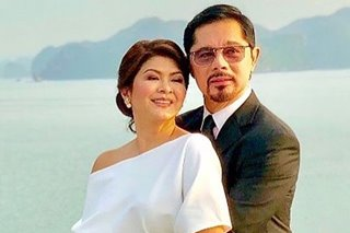 LOOK: Christopher de Leon, Sandy Andolong renew wedding vows
