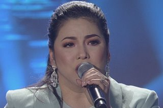 Regine covers 'Buwan' for the first time on TV