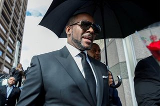 R. Kelly charged with new felony sex assault, abuse counts: Chicago Sun Times report
