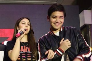 WATCH: Julia, Joshua share stage amid breakup rumors