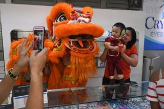 Lion dance in Binondo to welcome Chinese New Year