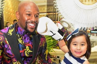 LOOK: Scarlet Snow 'lands a punch' on Floyd Mayweather Jr.