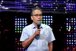 PH should stop issuing 'automatic' visas to Chinese, says Roxas
