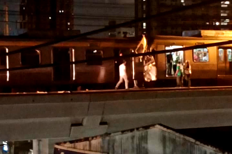 Duterte 'concerned' over LRT-2 train collision