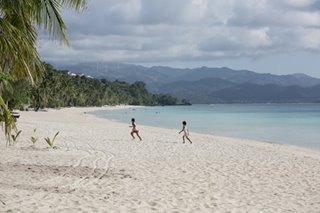 Duterte approves Boracay action plan