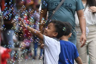 Playing with bubbles on Christmas