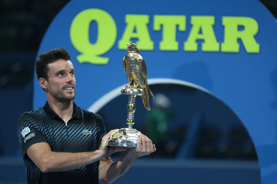 Roberto Bautista Agut outlasts Novak Djokovic at Qatar Open