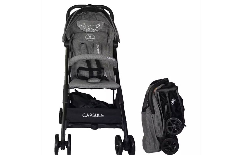 7ee60b2f14 This black Akeeva Aerolite Pocket Stroller will be sold at 55% off (P5,500  from the original price of P12,000) during the Lazada Baby Fair. Handout