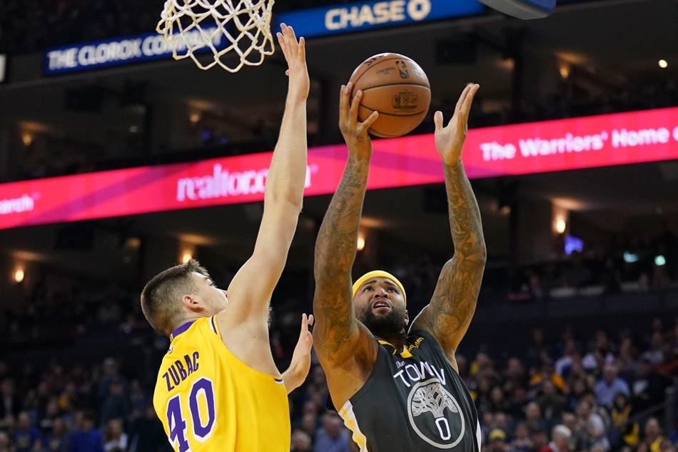 1453aff679b NBA  Iguodala sparks Warriors past LeBron-less Lakers