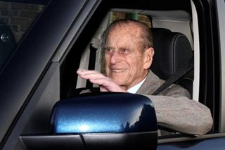 Prince Philip, 97, gives up licence after car crash