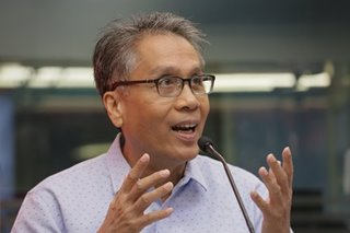 Roxas blames 'policy failure' on rice for price spikes