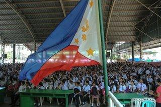 DepEd says Grade 6 students to have 'graduation rites'