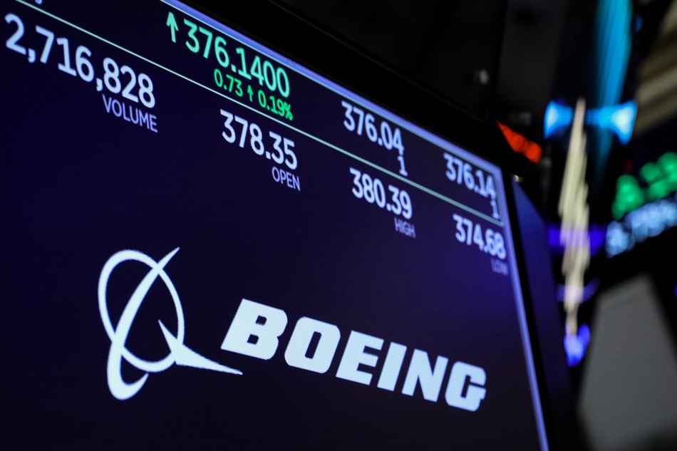 Tech stocks lead rebound as Boeing tumbles anew