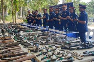 Mga kandidato sa Davao region, nagsuko ng mga armas