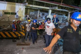 Rescuers race to save quake survivors in Porac