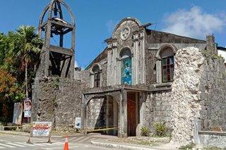 TINGNAN: Pinsala sa 18th century church sa San Julian dahil sa lindol