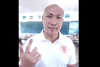 Magdalo's Alejano votes in Negros Occidental hometown