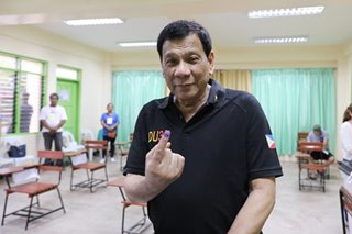 Duterte gets midterm thumbs up as allies sweep Senate race