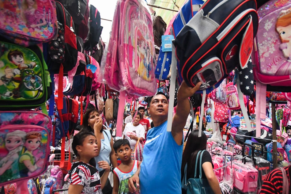 Discounted discoveries in Divisoria