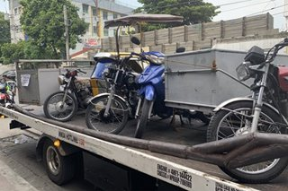 15 tricycle nahatak sa clearing ops ng MMDA sa QC