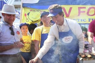 Justin Trudeau marks Filipino Heritage Month, visits Pinoy eatery