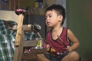 4 anyos na bata, viral sa angking galing gamit ang improvised drums