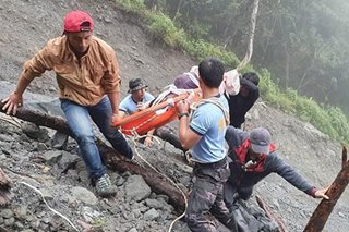 1 dead as van falls into ravine in Ifugao