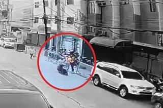 Motorcycle rider na nanghablot ng cellphone timbog sa Maynila