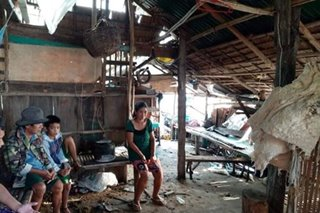 Tidal wave destroys houses, damages boats in Occidental Mindoro town